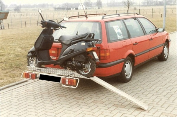 Motorradträger auf AHK 120kg, Kleinkraftrad, Roller, Trial